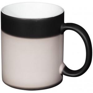 Taza de cerámica con tinta...